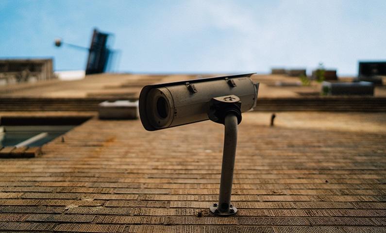 """Al via l'iniziativa del Comune di Angera """"Adotta una telecamera"""""""