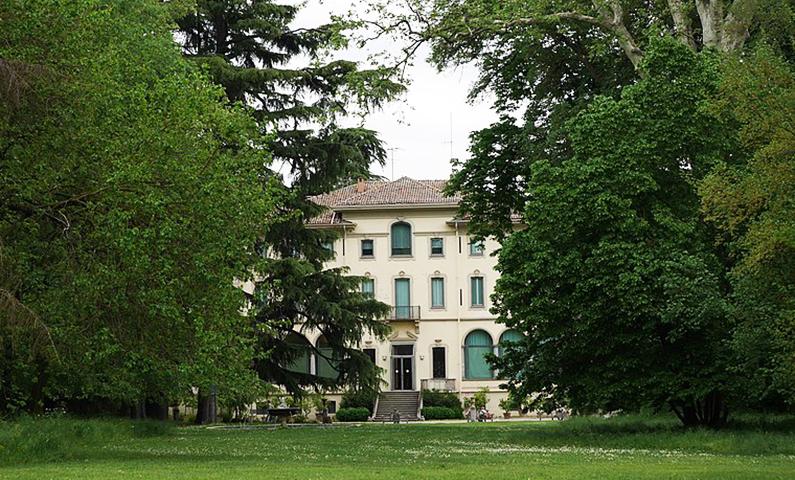 La Fondazione Magnani Rocca riapre con una mostra su Luigi Magnani